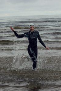 Нарва Эстония - Сеть бассейнов клуба «Мэвис» обучение плаванию взрослых